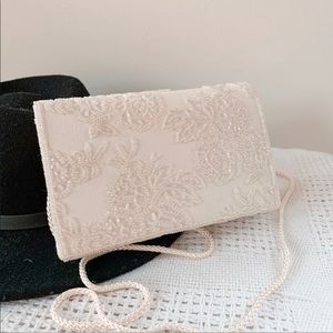 VINTAGE | Beaded Embroidered Ivory Crossbody Purse